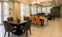 Gibson Plaza Apartments