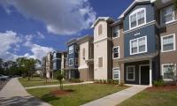 Pinnacle Pines Apartments